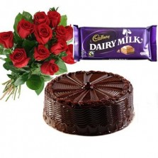 Red Roses With Chocolate N Choco Cake (Half Kg)