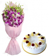 Orchids With Pineapple Cake (Half Kg)