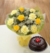 All Yellow Roses N Carnations With Choco Truffle Cake (Half Kg)